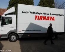 """Donație importantă pentru Liceul Tehnologic """"Stănescu Valerian"""" din Tîrnava"""