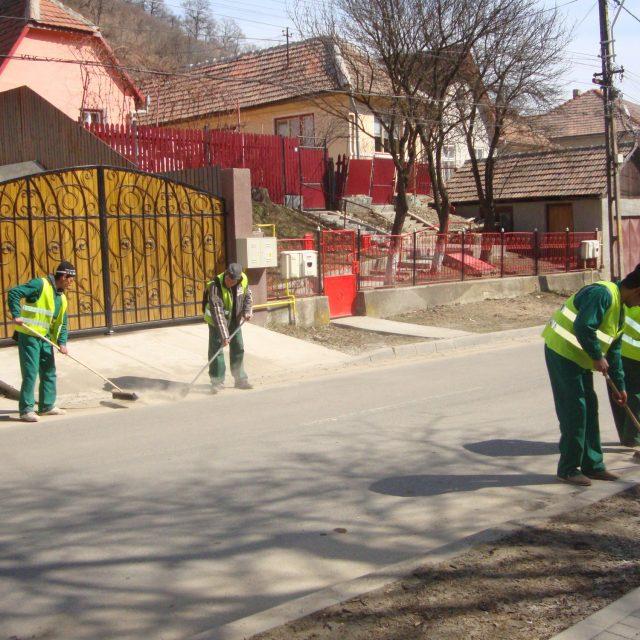 """Campania """"Curățenia de primăvară"""" desfășurată de Eco-Sal la #Mediaș"""