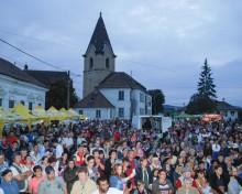 """O nouă ediție """"Festivalul Tineretului"""" își deschide porțile în localitatea Tîrnava"""
