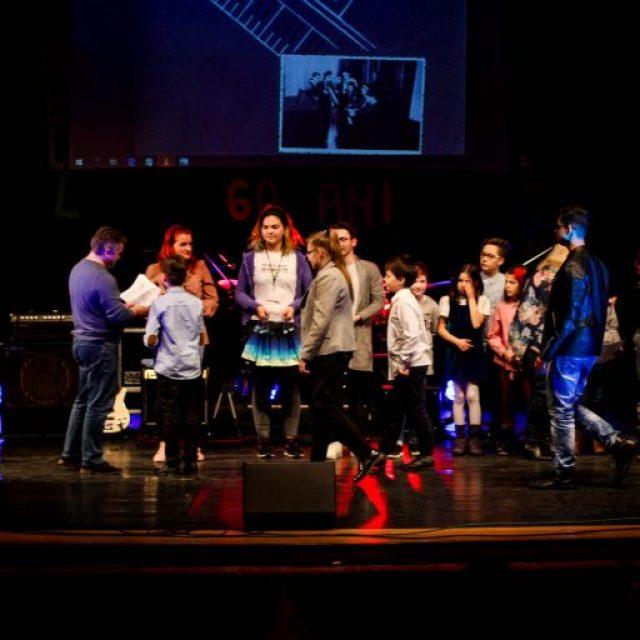 Concursul județean de muzică vocal-instrumentală urmează să fie organizat de Clubul Copiilor Mediaș
