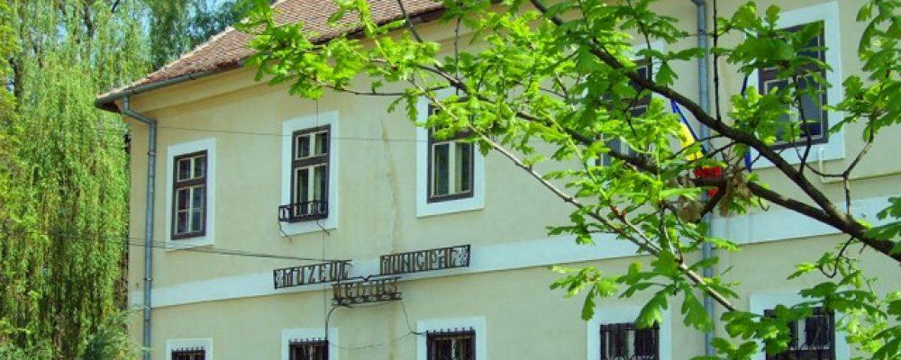 Se redeschide Muzeul Municipal Mediaș în condiții de maximă siguranță