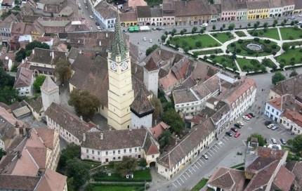 Centrul vechi – Piata Regele Ferdinand